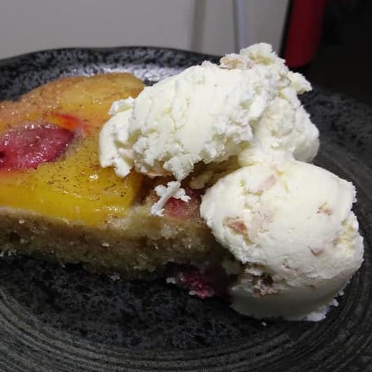 Pineapple upside-down cake - Kate Irving 3