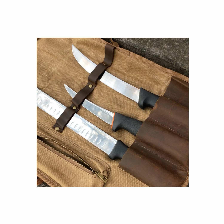 Knife bundle close up 1