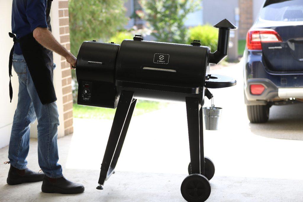 Z Grills 450A Pellet Smoker - Portability