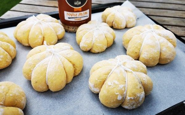 Pumpkin-Buns-pellet-smoker-Z-Grills-AustraliaPumpkin-Buns-pellet-smoker 2 -Z-Grills-Australia